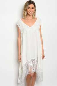 113-5-2-T31699 WHITE EMBROIDERY FRINGE DRESS 3-3