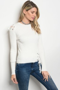 113-3-4-T0044 IVORY SWEATER 3-2-1