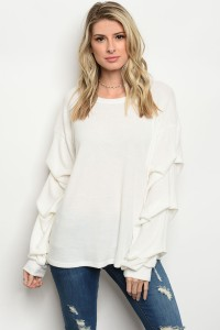C77-B-4-T2704 OFF WHITE TOP 2-2-2